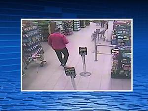 Câmeras de segurança de um mercado registraram momento no qual Marcolino Junior foi visto antes de desaparecer (Foto: Reprodução/TV Asa Branca)