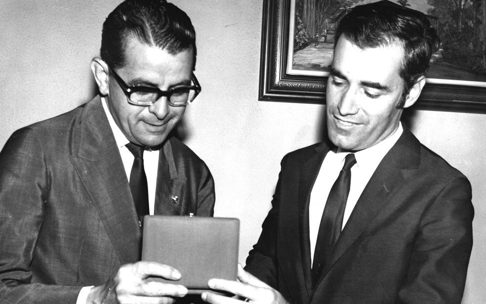Jarbas Passarinho e o ex-prefeito de Ribeirão Preto (SP) Antônio Duarte Nogueira (1937-1990) — Foto: Arquivo Pessoal