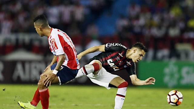 Junior Barranquila Atlético-PR Raphael Veiga