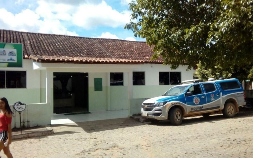 Menino de 2 anos chegou a ser socorrido e foi levado para hospital, mas já chegou sem vida à unidade (Foto: Blog Água Preta News)