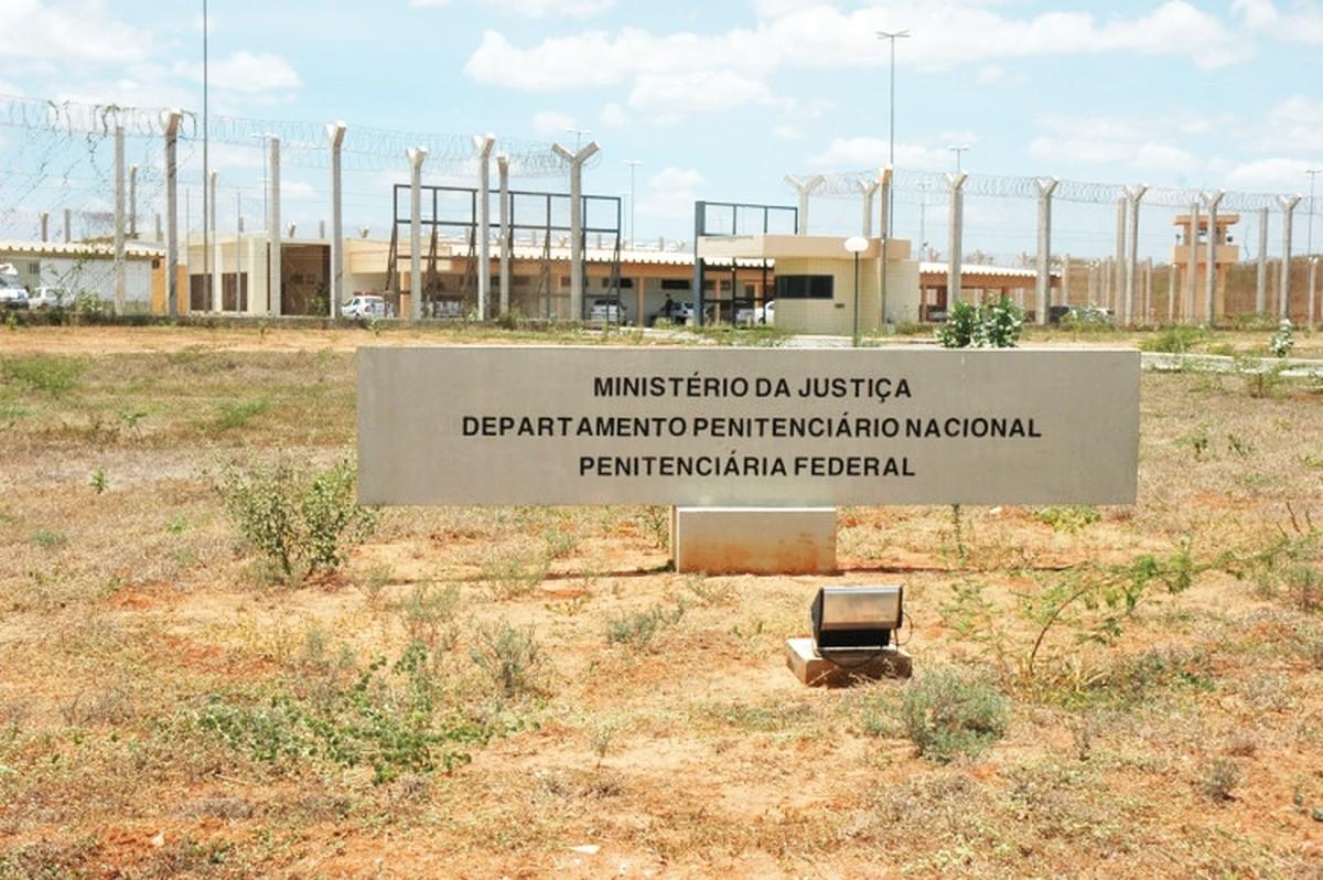 Resultado de imagem para Transferidos para o RN durante ataques no Ceará, 39 presos deixam a Penitenciária Federal de Mossoró