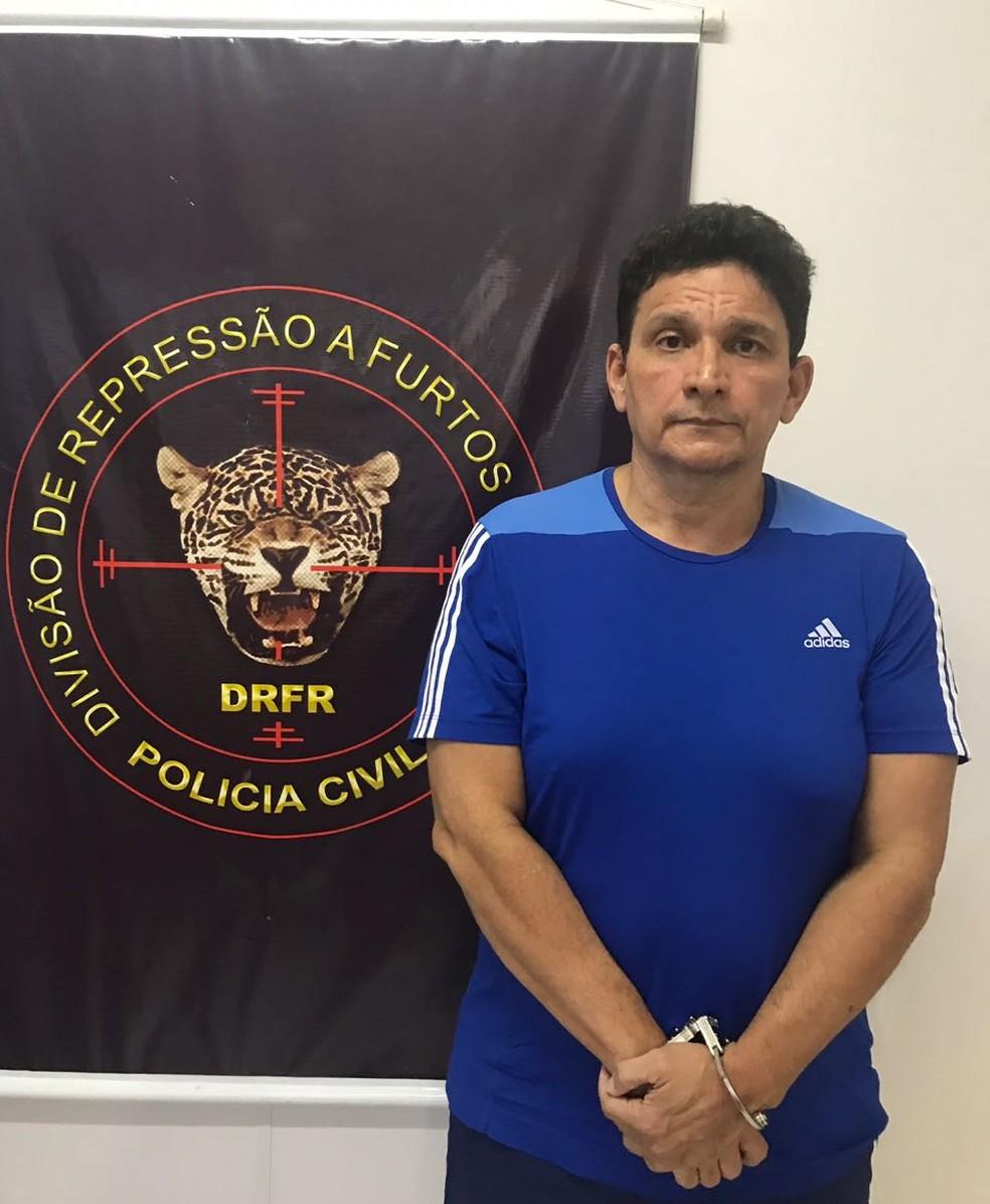 Resultado de imagem para Máximo Moura Lima foi preso em Belém-PA por participação no assassinato do Delegado da Polícia Civil Stênio Mendonça, em 1997. (Foto: Divulgação/Polícia Civil)