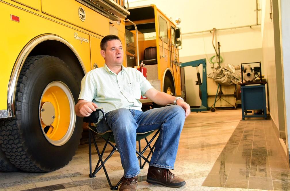 O empresário Júlio Ometto, de Santa Bárbara d´Oeste, que importou caminhões dos Estados Unidos — Foto: Luciano Calafiori/G1