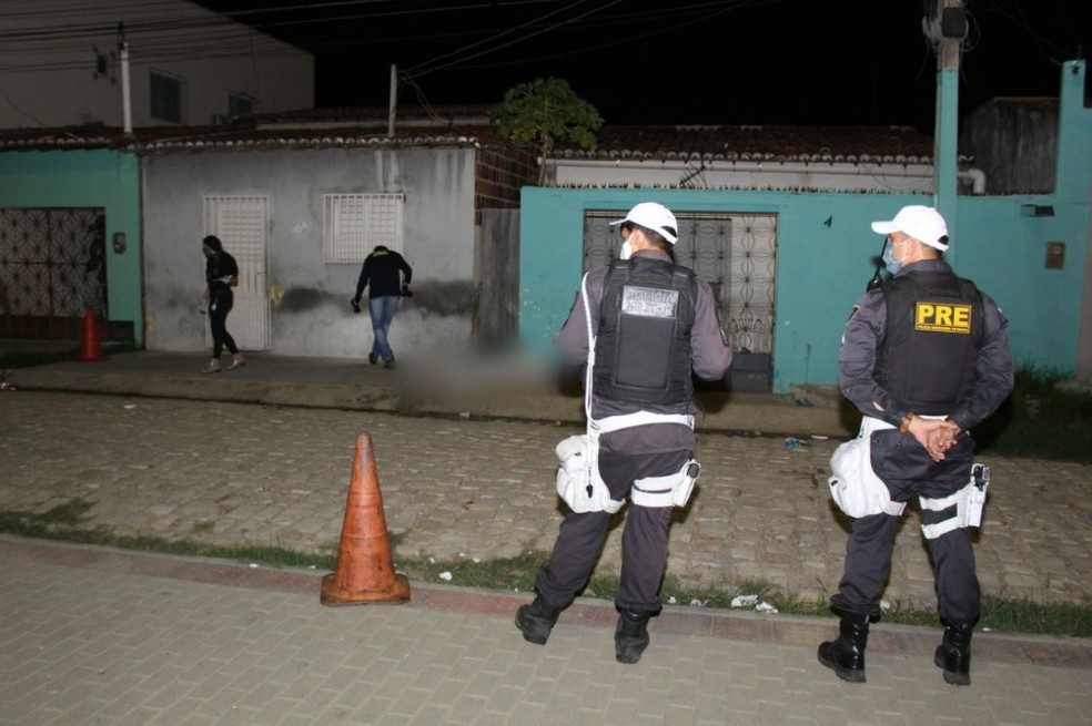 Delegacia de Homicídios investiga o caso — Foto: Marcelino Neto/O Câmera
