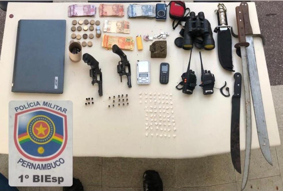 Material apreendido em São Caetano — Foto: Polícia Militar/Divulgação