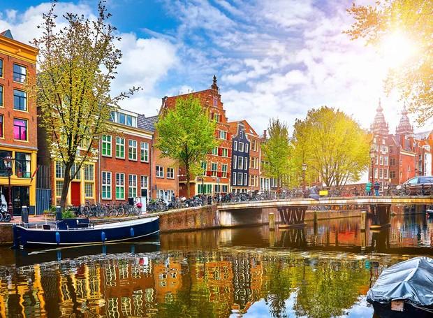 Centro de Amsterdam (Foto: Flying Pig/ Reprodução)