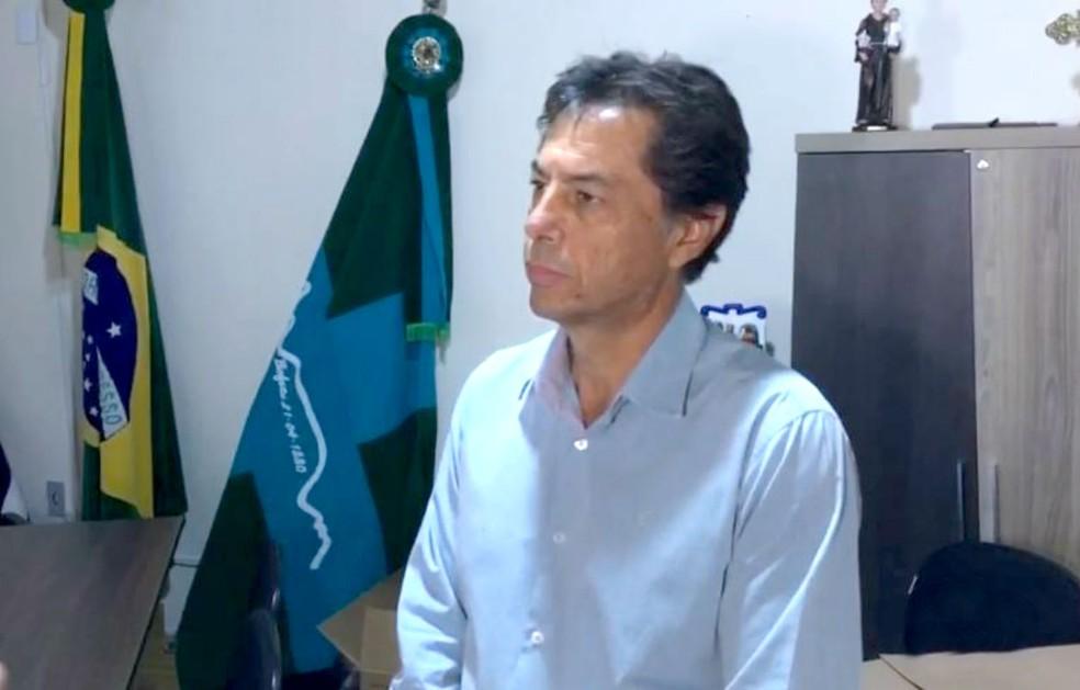 """Segundo o prefeito Osvaldo Ângelo Alves, BO foi registrado para """"preservar o patrimônio da prefeitura"""" — Foto: TV TEM/Reprodução"""