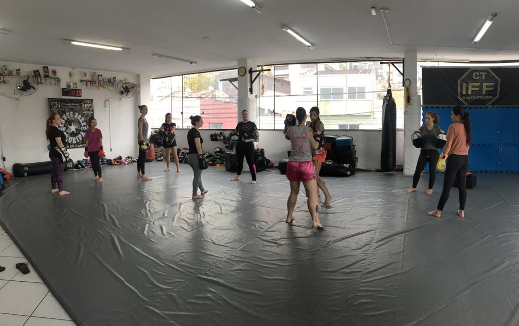 Aula gratuita ensina técnicas de defesa pessoal para mulheres neste sábado em Florianópolis - Noticias