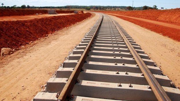 A ferrovia Norte-Sul está entre as ferrovias que serão leiloadas (Foto: DIVULGAÇÃO/GOVERNO FEDERAL via BBC News Brasil)