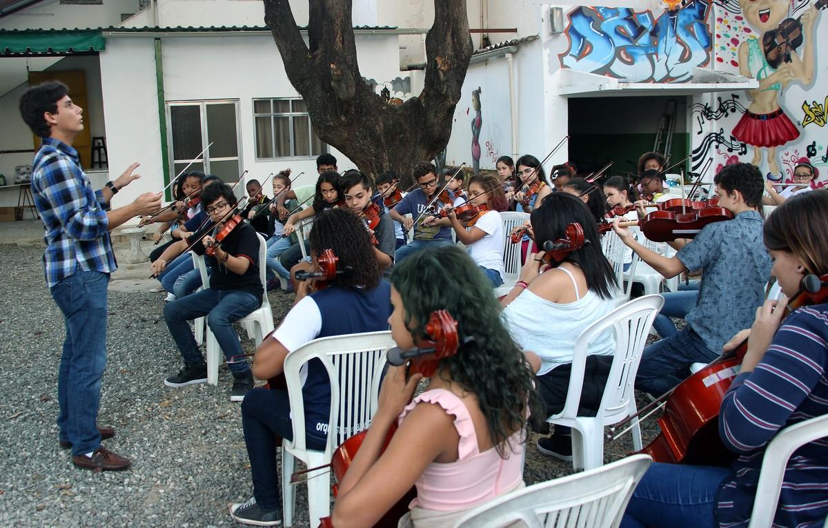 ONG que oferece ensino de música em Campos, RJ, abre inscrições para 100 novos alunos