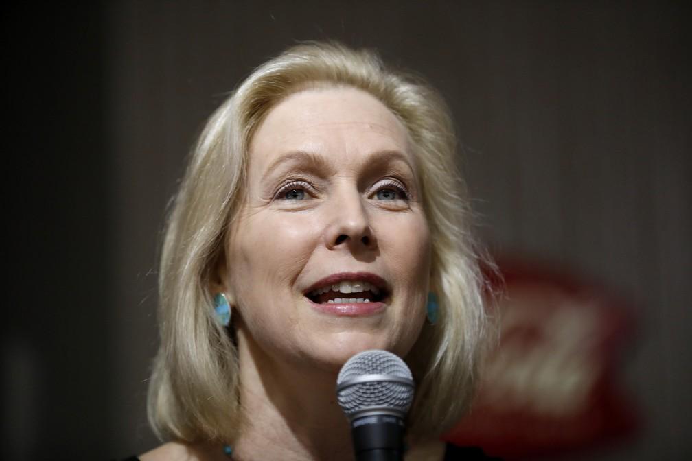 A pré-candidata democrata Kirsten Gillibrand. — Foto: Charlie Neibergall/AP