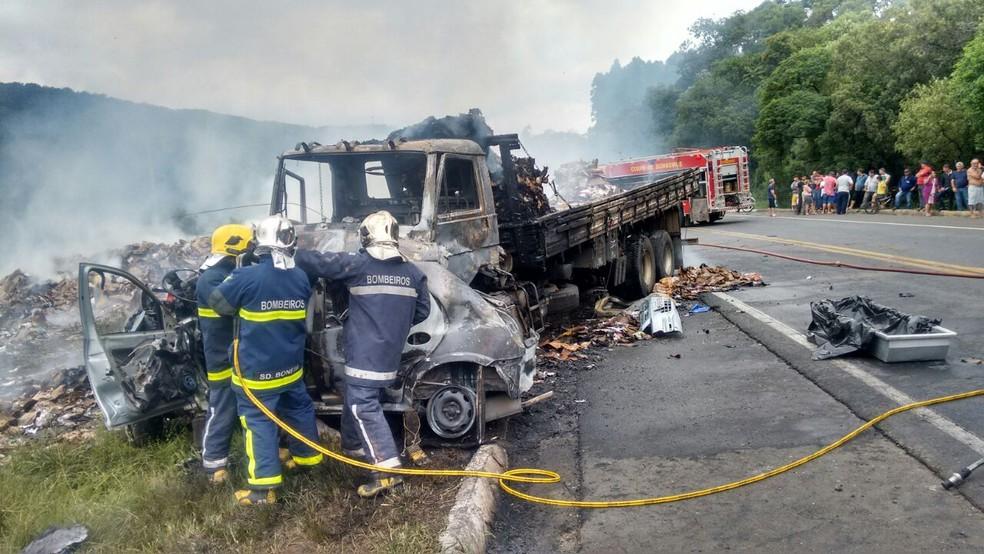 Um dos dos acidentes mais graves no período da operação, segundo a PRF, foi registrado na BR-153, no sábado (23), com quatro mortes. (Foto: Arquivo pessoal)