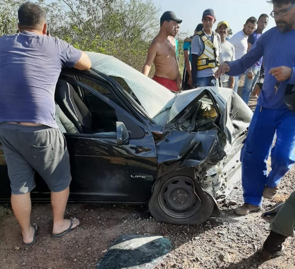 Acidente na PE-270 em Buíque — Foto: Reprodução/ Whatsapp TV Asa Branca