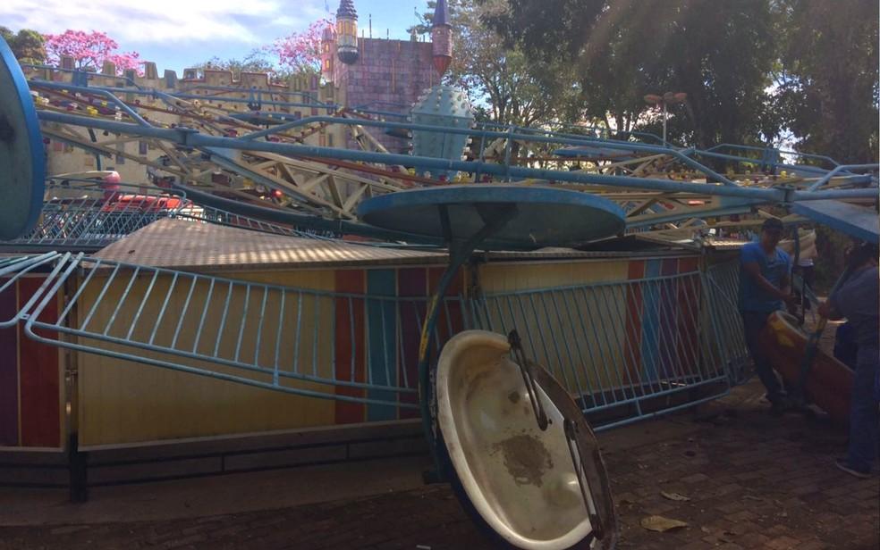Acidente com brinquedo Twister em Goiânia, Goiás (Foto: Divulgação/ Corpo de Bombeiros)