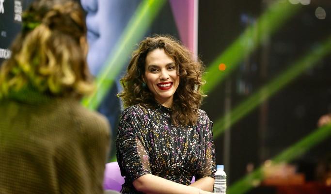 'Quanto mais nós ascendemos, mais nós nos tornamos alvos da misoginia', diz Luana Araújo
