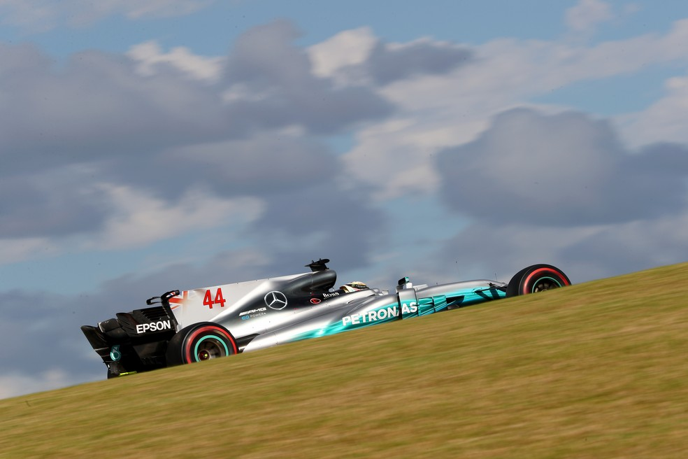 Lewis Hamilton vai largar na pole do GP dos Estados Unidos (Foto: Getty Images)