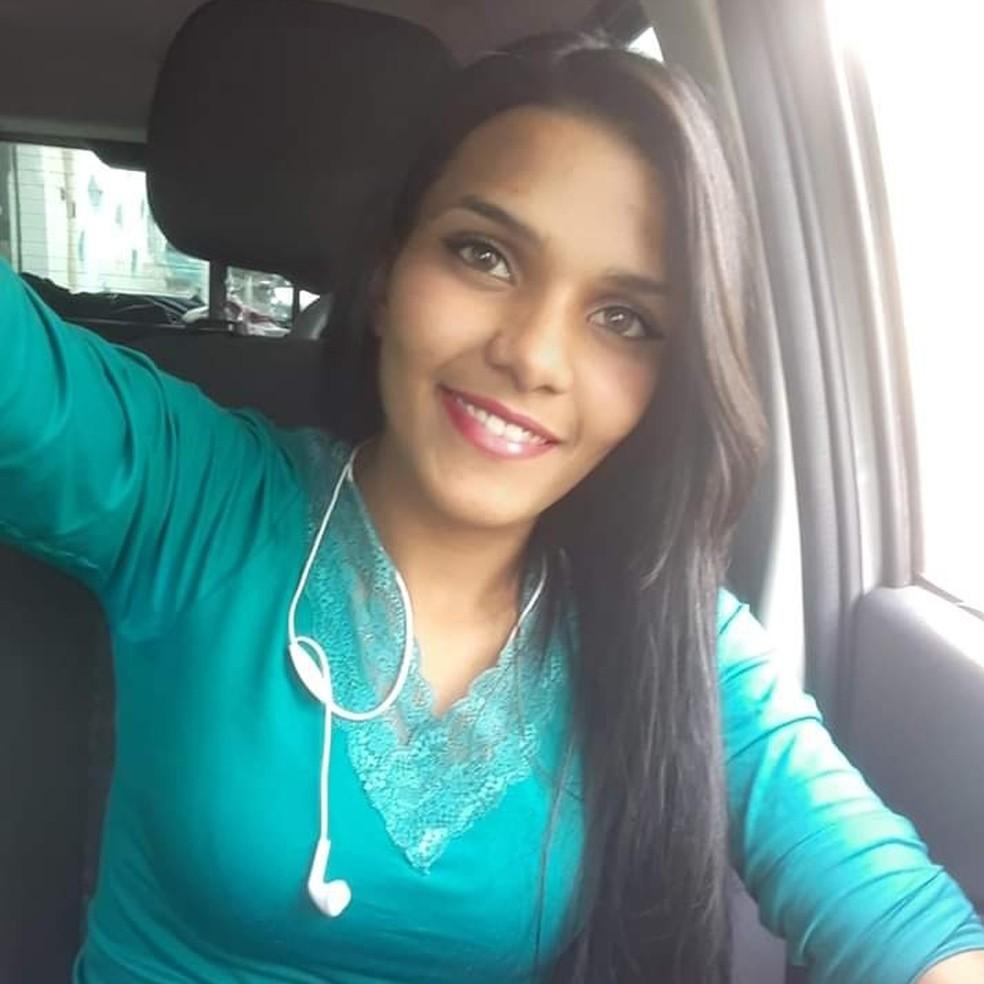 Mirele Peixoto Souza, de 23 anos, foi encontrada morta na Estrada do Taboão, zona rural de Mogi das Cruzes — Foto: Reprodução/Facebook