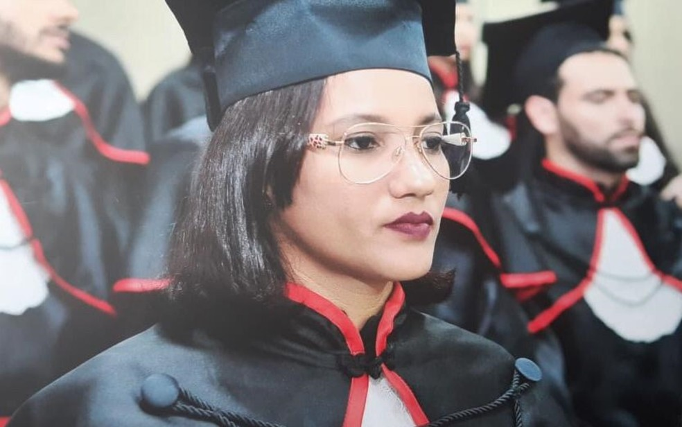 Andreia Tavares se forma em direito, em Goiânia — Foto: Andreia Guimarães Tavares/Arquivo pessoal