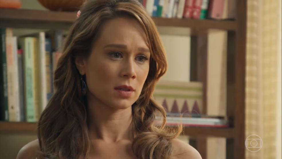 Tancinha (Mariana Ximenes) fica em dúvida sobre proposta de Apolo (Malvino Salvador) - 'Haja Coração' — Foto: Globo
