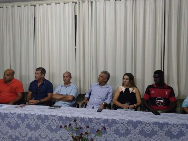 Reunião foi realizada nesta segunda-feira no Centro de Miracema (Foto: Divulgação/ Site Prefeitura Miracema)