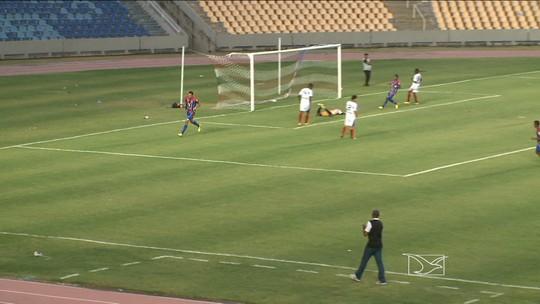 Casagrande comemora retorno ao MAC com gols diante do Americano