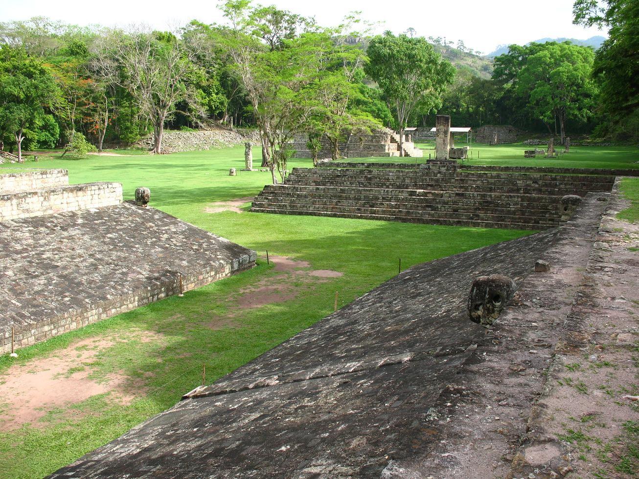 Antiga cidade de Copán, em Honduras (Foto: Wikimedia/elemaki )