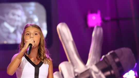 Participantes do 'The Voice Kids' se apresentam no 'Altas Horas'