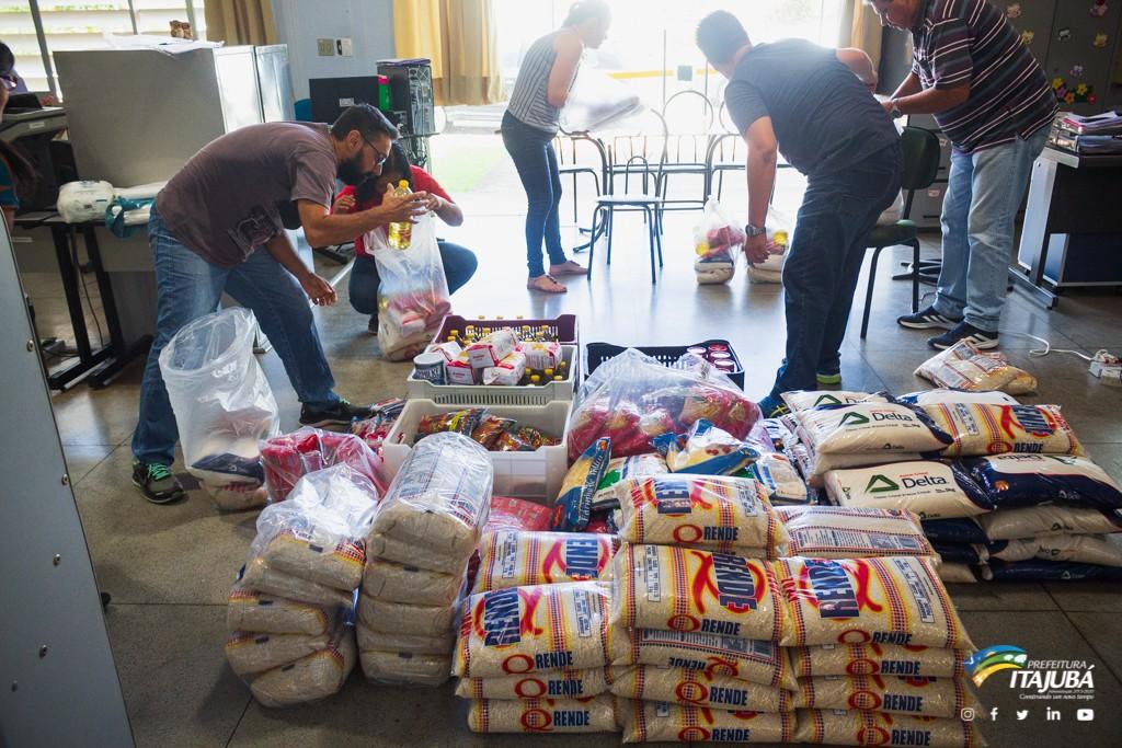 Prefeitura de Itajubá doa alimentos da merenda escolar para alunos carentes