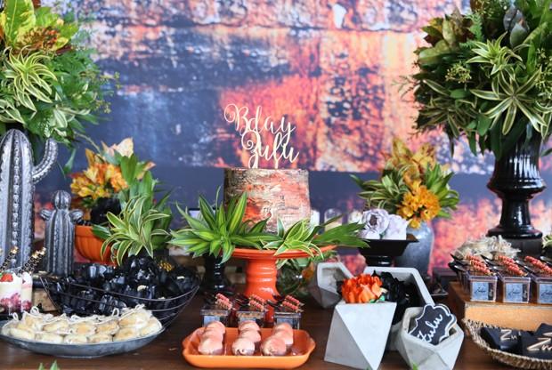 Detalhes da decoração do aniversário de Rafael Zulu (Foto: Anderson Borde/AgNews)