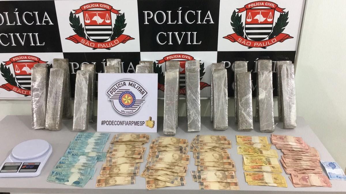 Polícia encontra quase R$ 9 mil escondidos em cueca de suspeito de tráfico de drogas
