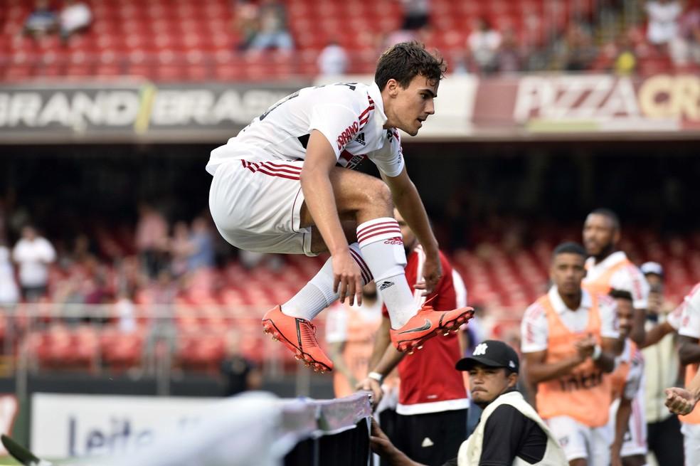 Igor Gomes, 20 anos, fez os dois gols da vitória do São Paulo sobre o Ituano: tem futuro — Foto: Marcos Ribolli