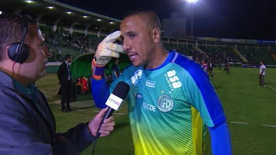 Vaiado, Oliveira diz que não falhou e que torcida do Guarani sempre elege um culpado