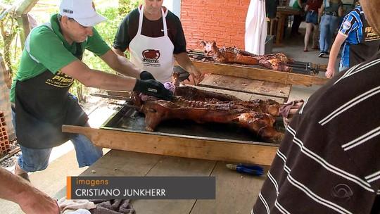 Festival Gaúcho do Porco no Rolete leva público recorde à Linha Nova