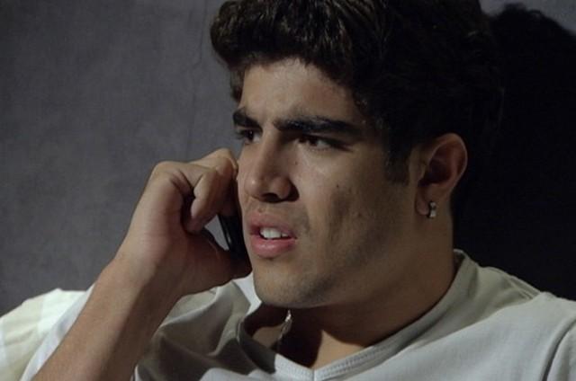 Caio Castro como Antenor em cena de 'Fina estampa' (Foto: Reprodução)