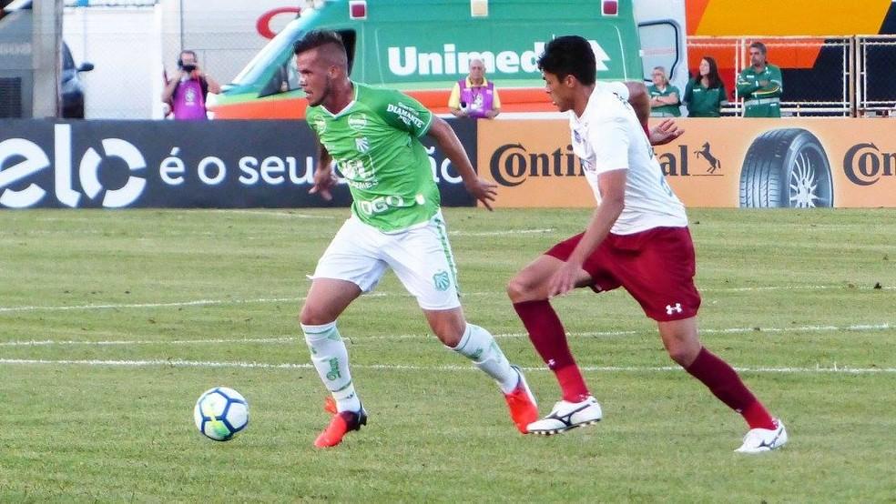 Willian foi titular contra o Fluminense (Foto: Renan Muniz/Caldense/Divulgação)
