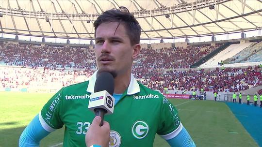 """Elogiado mesmo em goleada, Tadeu lamenta: """"Trocava todas as defesas por um outro resultado"""""""