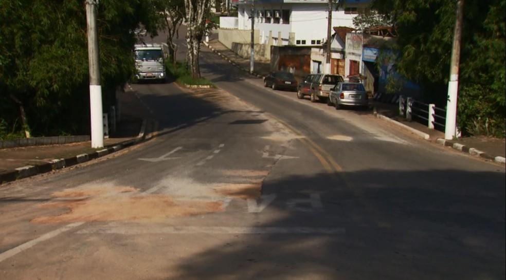 -  Justiça de Guaxupé proíbe Copasa de fazer obras sem autorização da Prefeitura  Foto: Reprodução EPTV