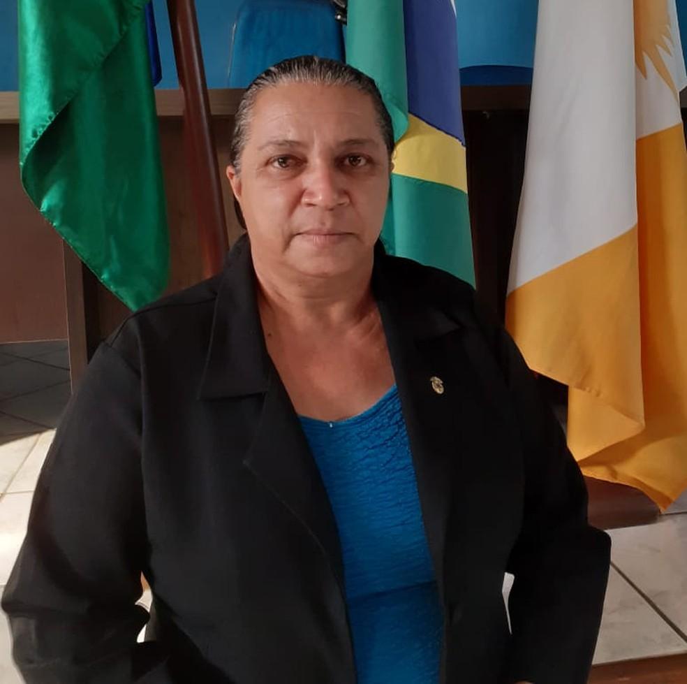 Irene Rodrigues Ramos Duarte (PSD) vai ficar no comando da prefeitura interinamente — Foto: Divulgação/Prefeitura de Araguanã