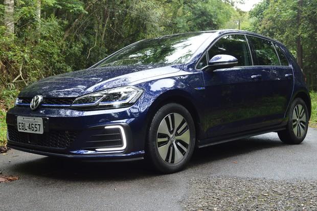 Volkswagen Golf GTE já está sendo substituído pelo novo lá fora (Foto: André Schaun/Autoesporte)