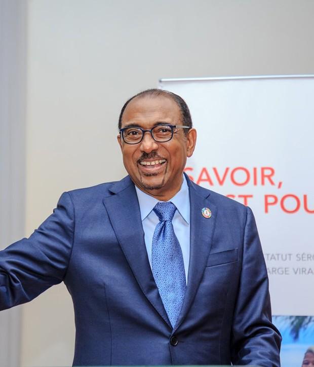 Michel Sidibé, diretor executivo da UNAIDS (Foto: Reprodução/Twitter)