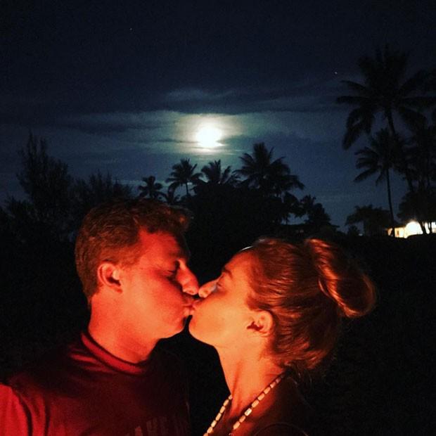 Angélica e Luciano Huck no Havaí (Foto: Instagram/ Reprodução)
