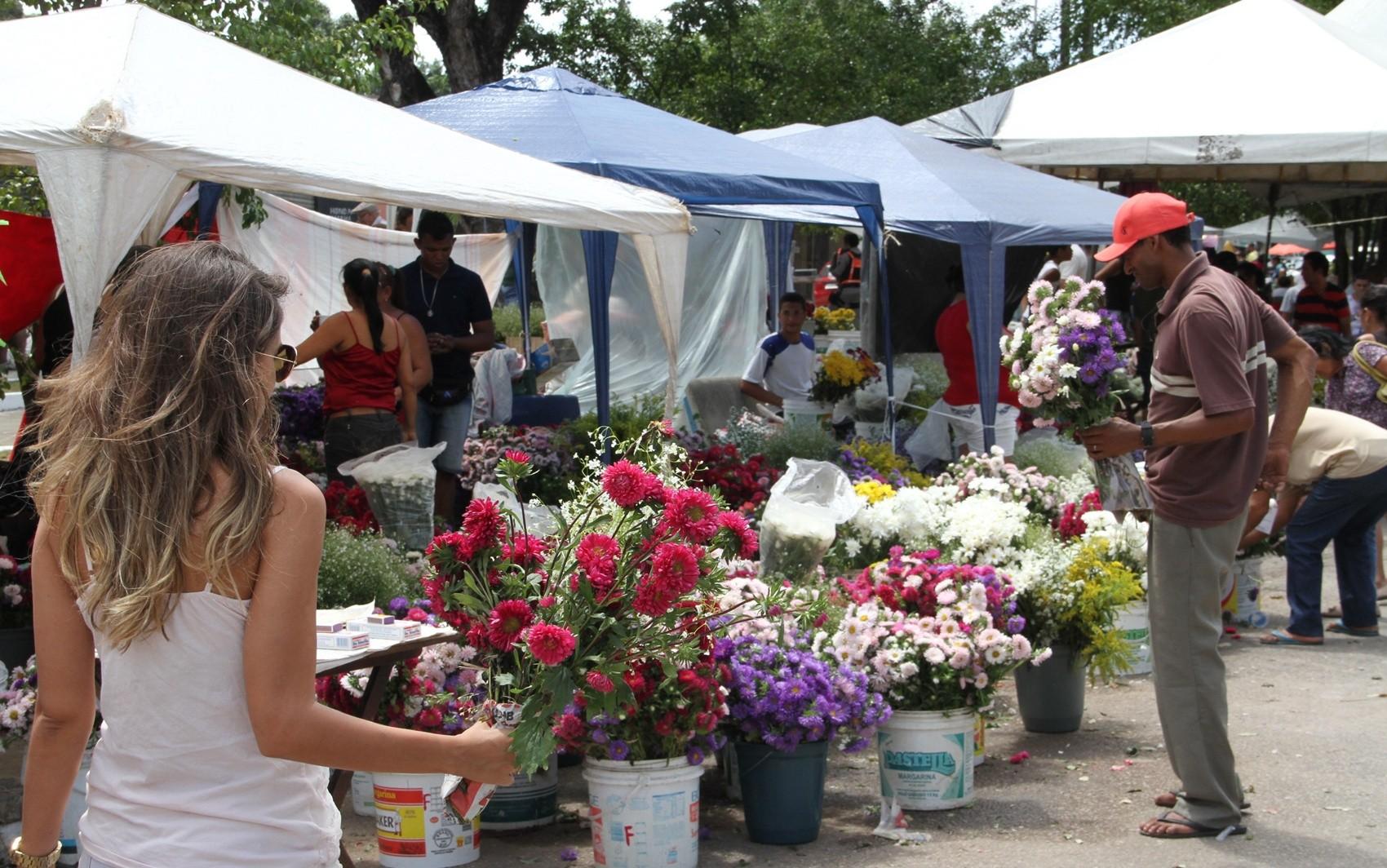 Preço de flores para o Dia de Finados em João Pessoa pode variar em até R$ 230