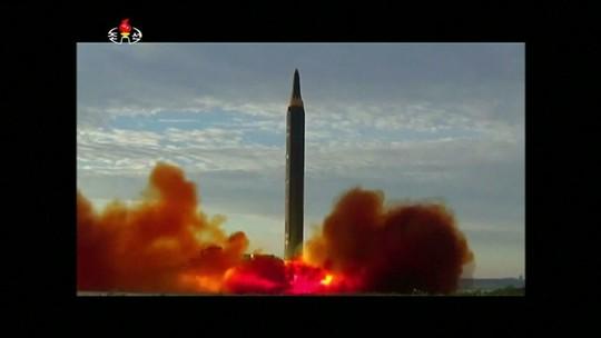 Televisão estatal revela imagens do mais recente teste com mísseis