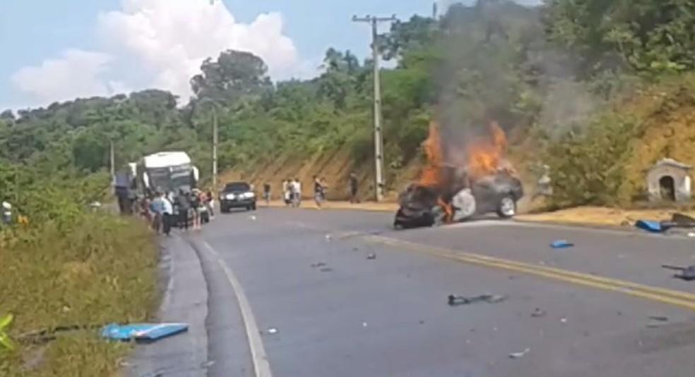 Acidente ocorreu na AM-010 — Foto: Reprodução/William Carvalho