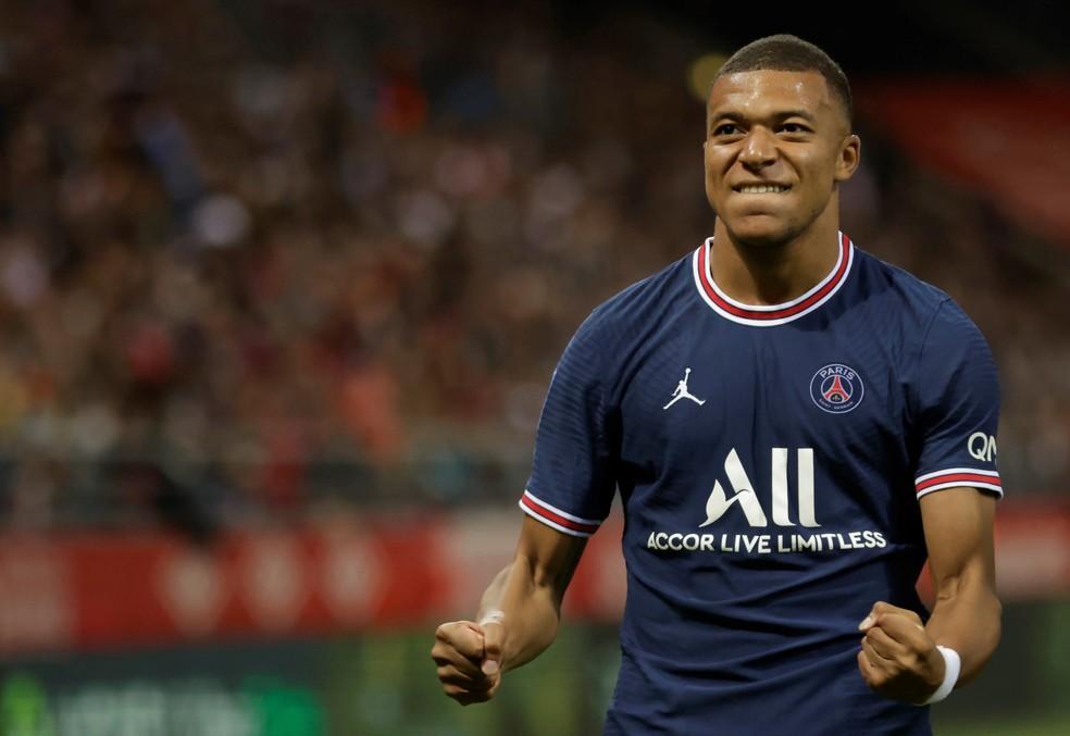 Mbappé fez os dois gols do PSG na vitória sobre o Reims — Foto: Yoan Valat/EFE