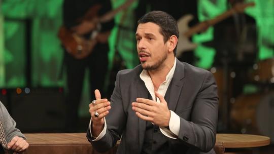 João Vicente de Castro defende o fim da venda de animais: 'Só tenho cachorro em casa porque existem muitos na rua'