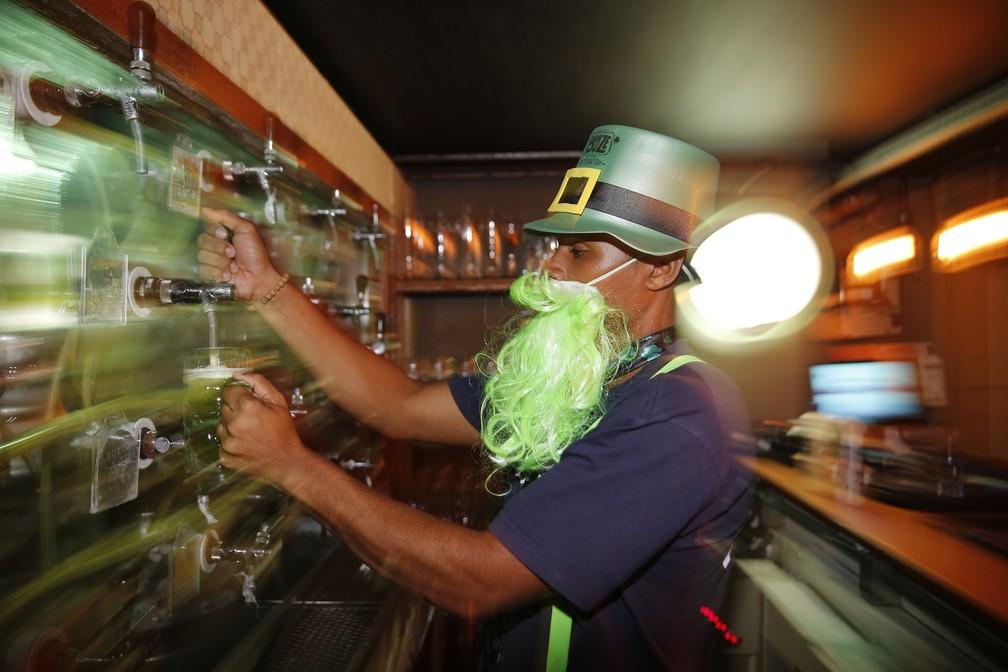 792dfaac4c5 St. Patrick s Day inspira comemorações em bares no Rio de Janeiro ...