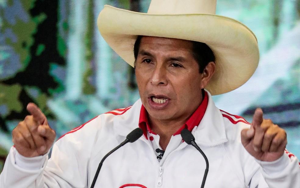 O candidato do Partido Perú Libre à presidência do Peru, Pedro Castillo, durante o último debate antes das eleições, em 30 de maio  — Foto: Reuters/Sebastian Castañeda/Pool
