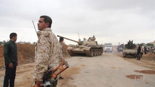 Combates pelo controle do sul de Trípoli deixam mais de 30 mortos
