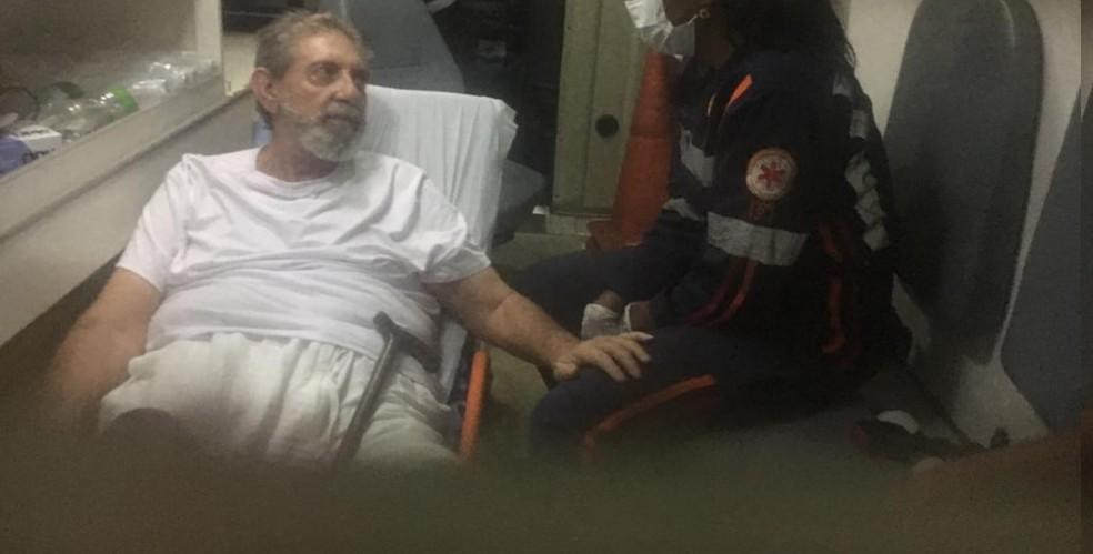 João de Deus, ao chegar ao Instituto Neurológico de Goiânia Goiás — Foto: — Foto: Rodrigo Gonçalves/G1